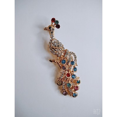 Брошка жар птица в металле под золото с цветными камнями