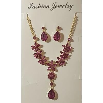Набор серьги и колье в металле под золото с розовыми кристаллами