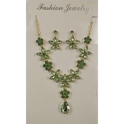 Набор серьги и колье в металле под золото с кристаллами зелёного цвета