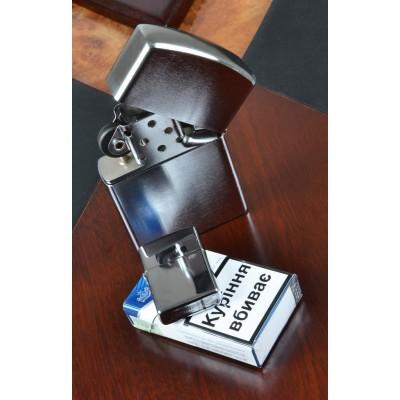 Зажигалка бензиновая настольная (Подарочная) №2120 Ср. (110х75х25 мм)